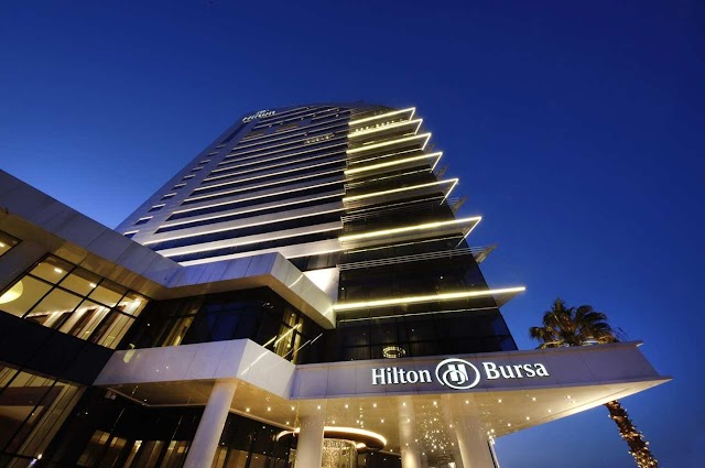 Hilton Skylight Restaurant & Bar