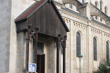 Trinitarierkirche zum Heiligen Franz von Assisi, Vienna, Austria