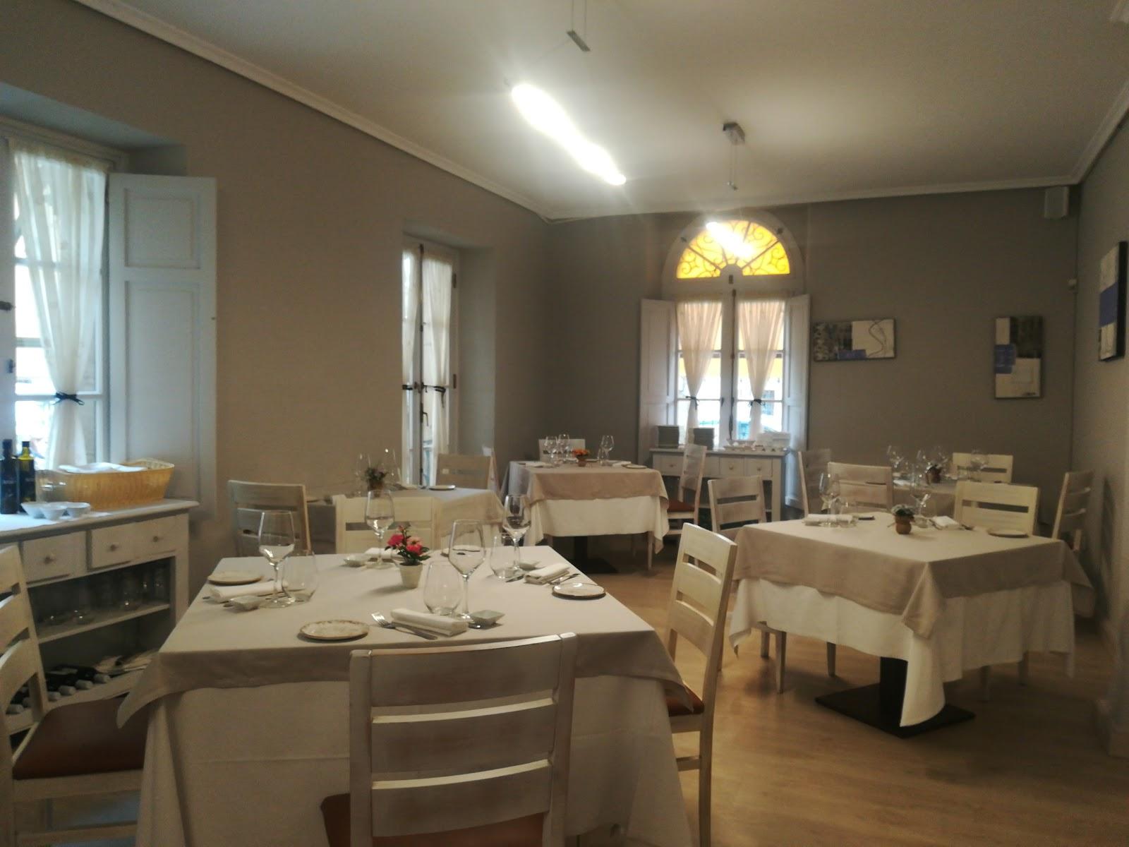 """Restaurante - Hostal """"La Cabana"""""""