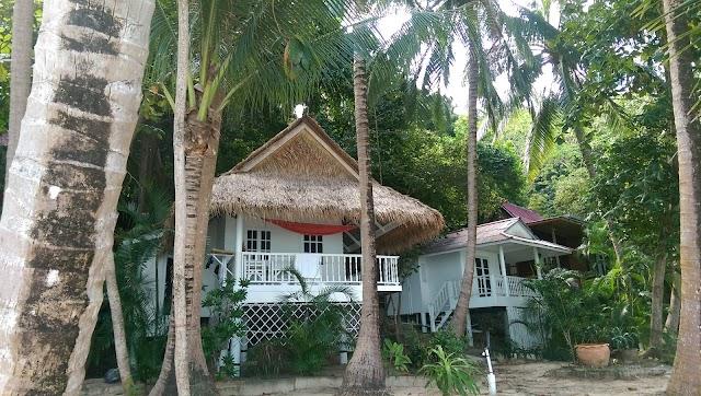 Khom Beach