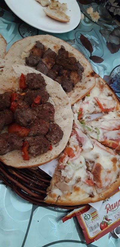 Etifaq Pizza