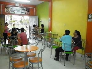 La Favorita Helados & Café 0