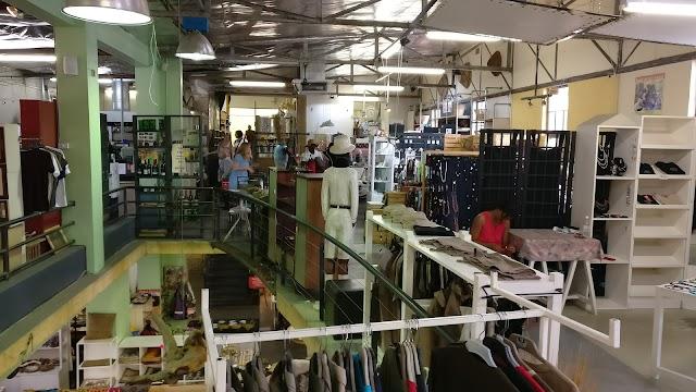 Linn's Wholesalers Crntre