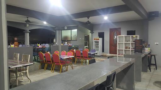 Corner 14 Cafe