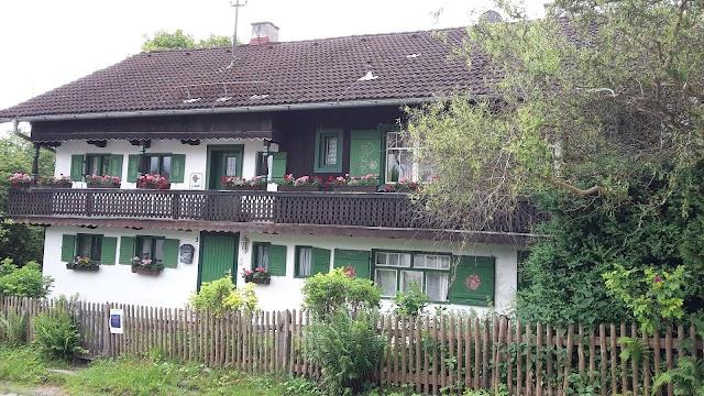 Hollerhaus Irschenhausen