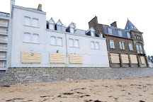 Plage du Sillon, Saint-Malo, France