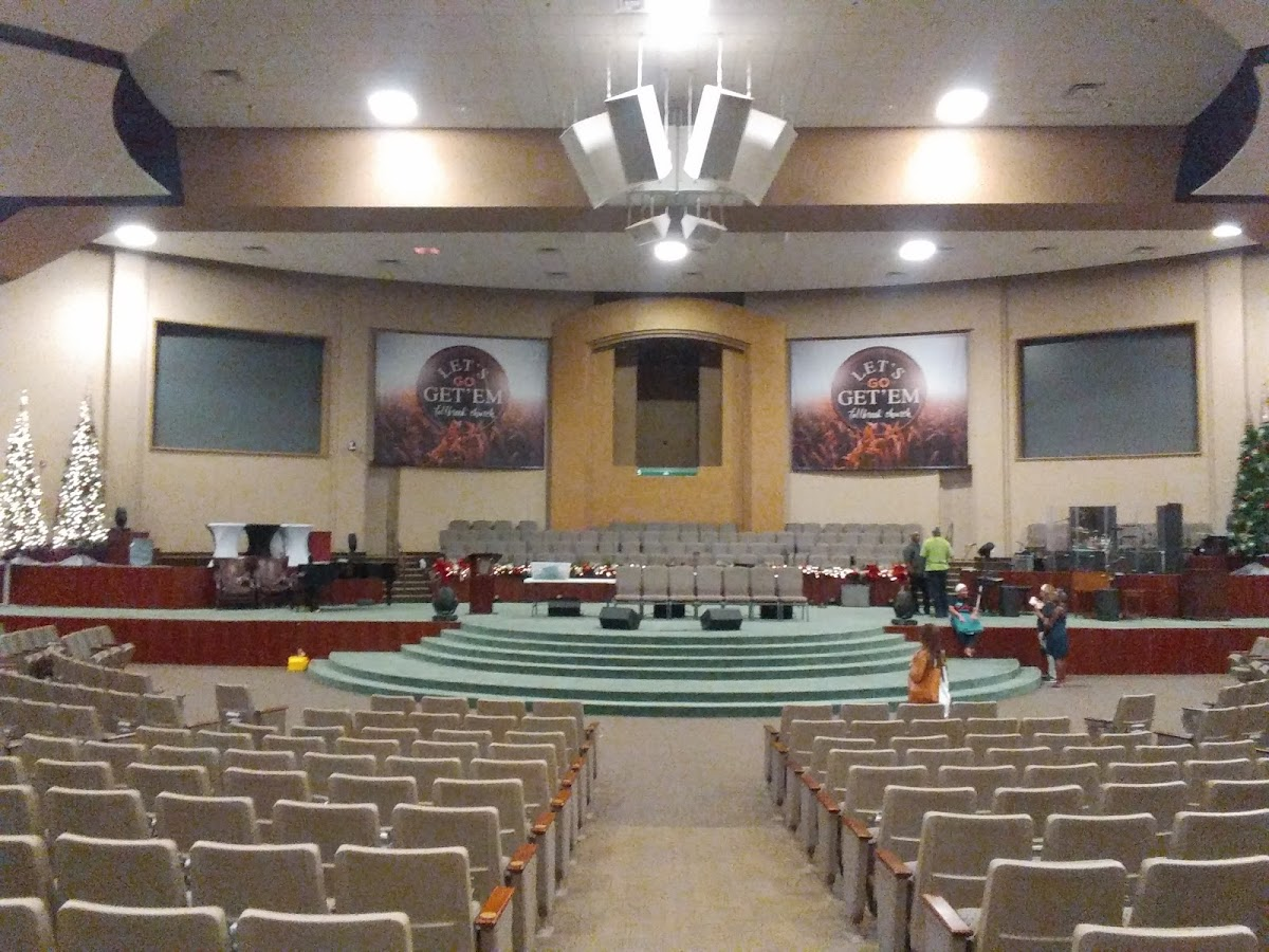 Fallbrook Church 12512 Walters Rd Image