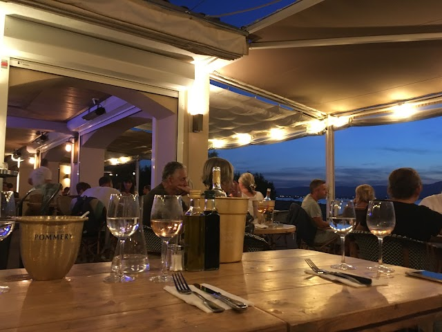 Beach Cafe Restaurant (Pizza, etc.)