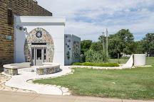 Bowl Plaza, Lucas, United States
