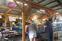 Sunshine Flea Market, Lake Wales, United States