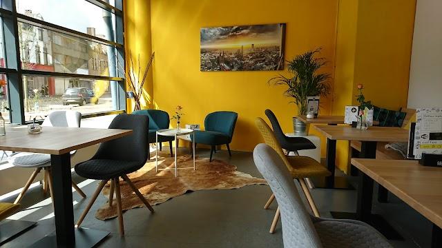 Yellow Monkey - Specialty Coffee, Food & Drinks
