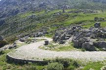 Calzada medieval Puerto del Pico, Cuevas del Valle, Spain