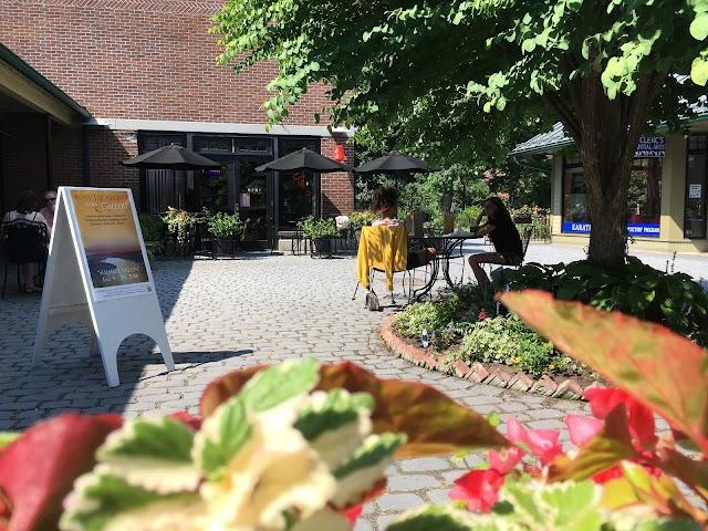 Rhinebeck Courtyard