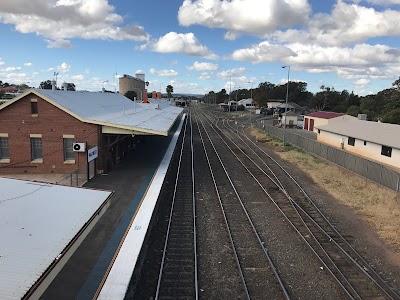 Parkes Station