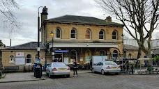 Kew Gardens Station london