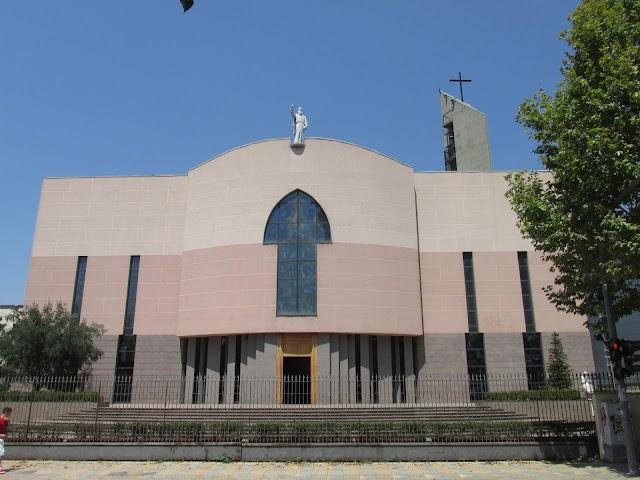 Katedralja Katolike Shën Pali
