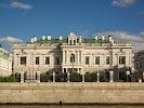 Софийская набережная, дом 22 на фото в Москве: Резиденция посла Великобритании в Москве
