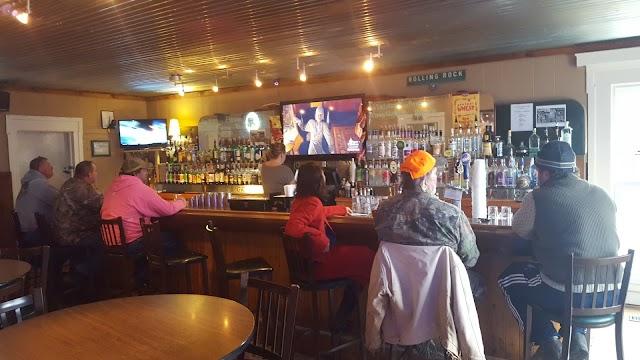 Plantation Bar & Grill