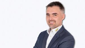 Michal Kriška - certifikovaný realitní makléř, prodej bytů a rodinných domů, 21 let praxe, tvorba virtuálních prohlídek