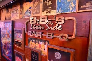 B.B.'s Lawnside BBQ