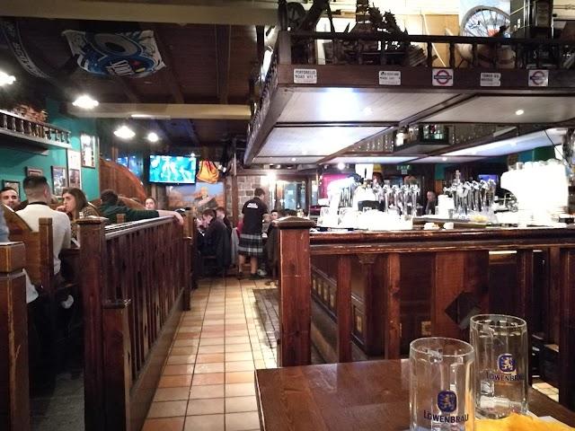 Toto's Pub Viterbo