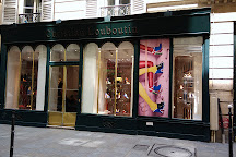 boutique louboutin paris jean jacques rousseau