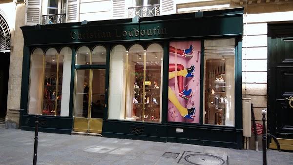 adresse magasin louboutin a paris