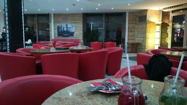 Savoy Restaurant & Pizzeria