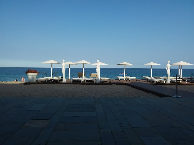 Cosmo Beach Restaurant