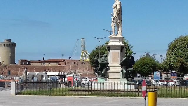 Monumento I Quattro Mori