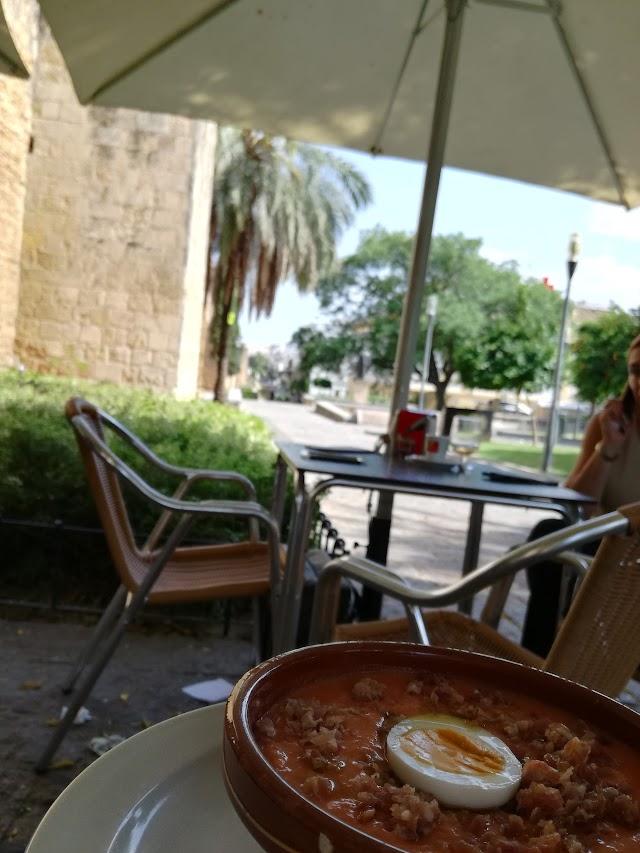 Cafe Bar El Porton