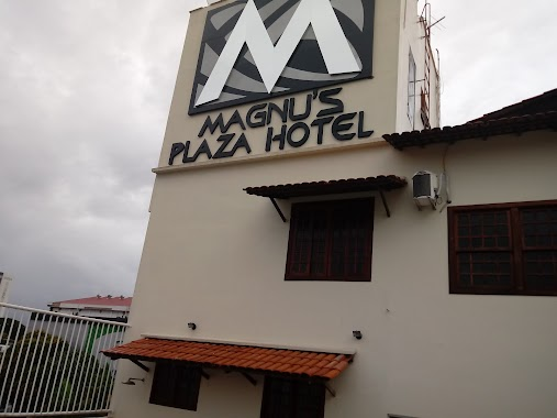 Magnu's Plaza Hotel, Author: Paulo Simões