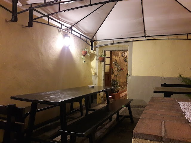 Pizzeria La Cisterna