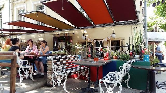 Shiko Cafe