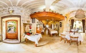 Salvina Restaurant Gharb Gozo