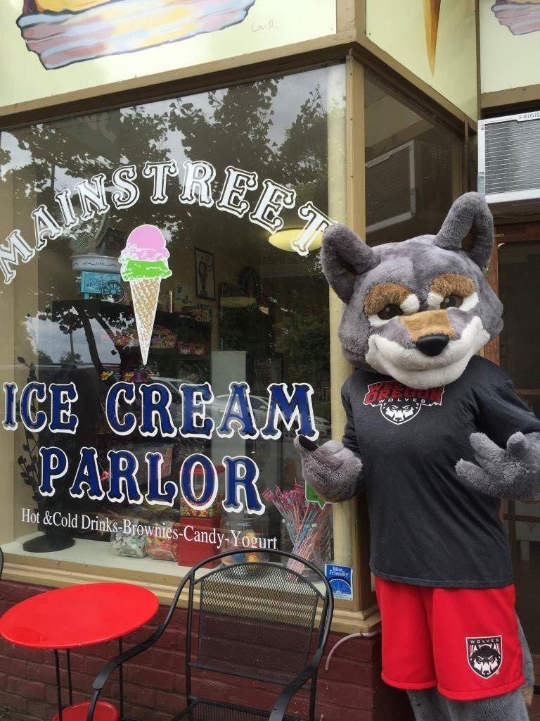 Main Street Ice Cream Parlor 109 Main St E Image