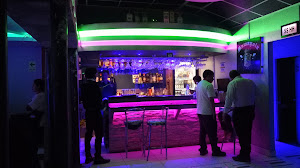 Mamayola Lounge Bar 1