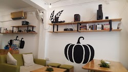 Nourish Cafe Yangon