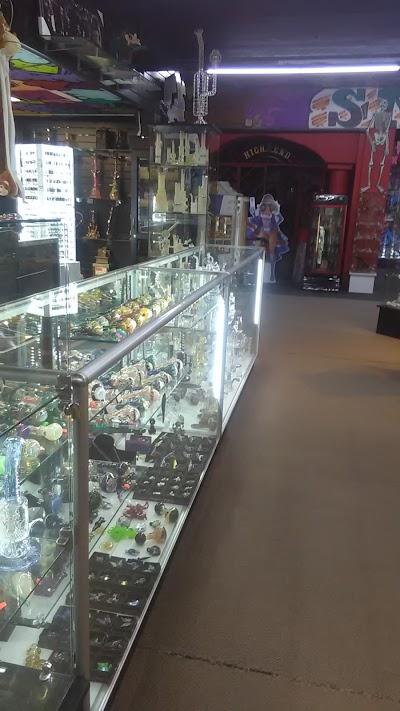 HoneyComb 1 Smoke Shop