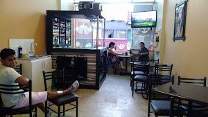 Centro Comercial Las Brisas Refugio 5