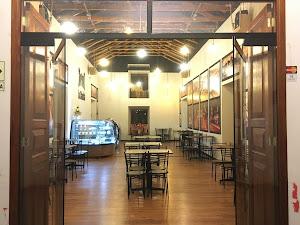 La Catedral Café Snack 0