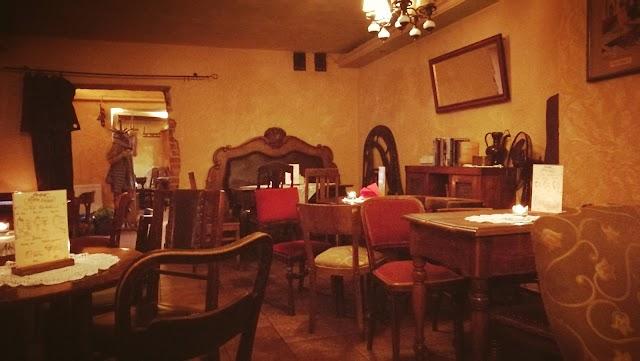 Absynt Cafe & Drink Bar