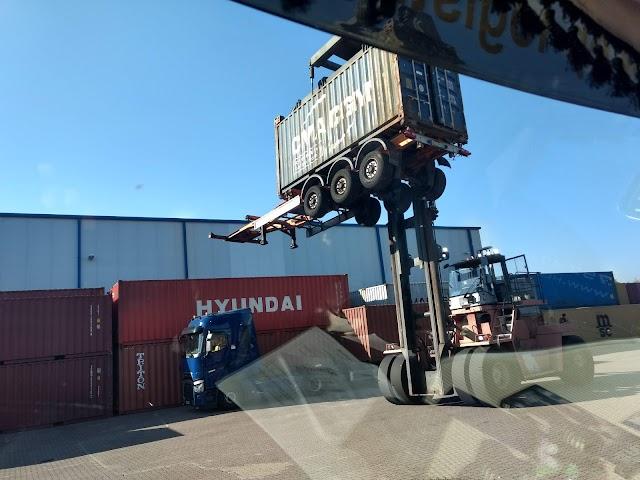 Centos Central Logistics GmbH