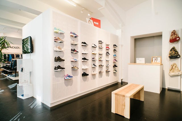 Toms Store by Arnold's