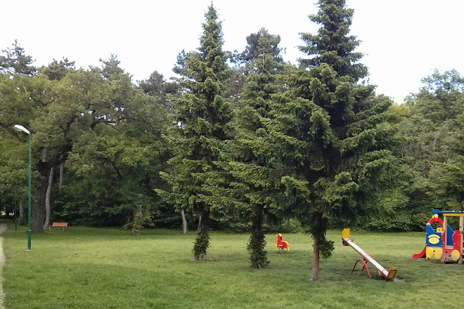 Mestsky park Pomle, Samorin, Slovakia