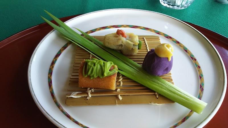 レストラン 草花木果