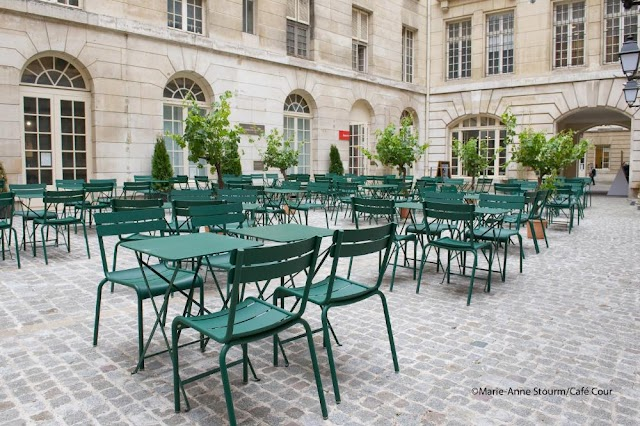 Cafe Cour