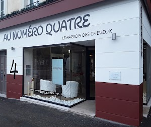 Coiffeur Laval - Au Numéro 4