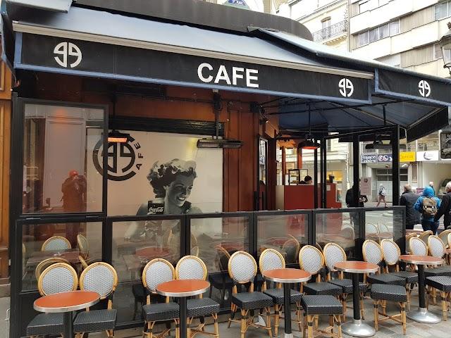 Boutique Aigle Paris Saint-Lazare