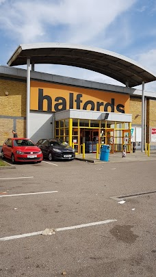 Halfords london